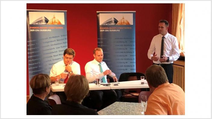 Staatssekretär Dr. Heinisch zu Gast beim EAK in Duisburg